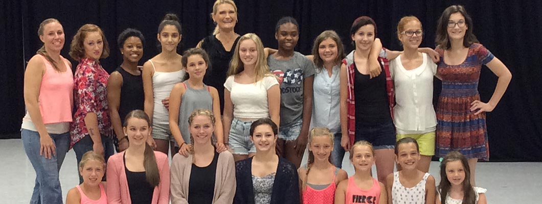 summer camp, summer camp Springfield MA, Shooting Star Dance Center, dance instruction, dance choreographers, children's dance classes, children's parties, children's dance parties, competitive dance, adult dance classes, teenage dance classes, modern dance classes, traditional dance classes
